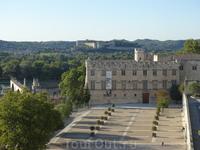 Авиньон. Вид с башни папского дворца.