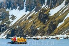 Экскурсия на лодке Зодиак