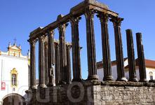 Знаменитый храм Дианаы