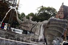 """Борьба мифического быка с драконами с """"охлаждением"""", чтобы не было проблем"""