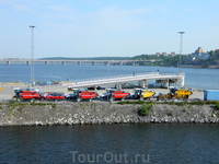 Стокгольм. Недалеко от пристани.