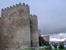Мы возвращаемся в городские стены через одни из самых мощных ворот - ворота Сан Висенте. У этих ворот есть близнецы - Ворота Алькасара.  Высота этих ворот 20 метров, они выступают из стены на 13 метро