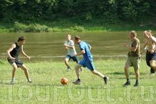 Чемпионат по футболу)