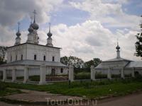 Возле Покровского монастыря