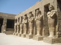 Стражи Карнакского храма