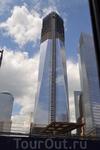 Эта башня строится на месте разрушенных башен - Близнецов