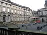 Внутренний дворик юридического факультета Эдинбургского университета.