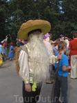 Известный персонаж Вашкинских гуляний Гриб Моховик.