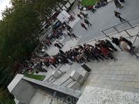 Мадрид. Музей Прадо. Очередь на бесплатное посещение музея
