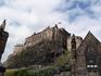 Знаменитая эдинбургская крепость, удалось завоевать ее толко однажды и то измором.