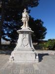Статуя первого президента страны (и русского министра иностранных дел!) Иоаниса Каподистриса