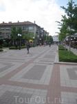 Центральная улица Князь Борис днём
