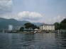 Комо всегда считался престижным местом обитания. Именно поэтому все берега озера усыпаны роскошными виллами.