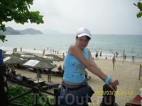 2008 год. Моя дочь  у моря в бухте Дадунхай.