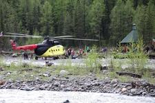 Прилетели на Шумак на вертолете.