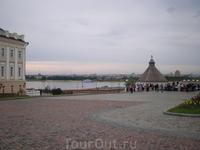 Территория Казанского Кремля. Вид на речку Казанку.