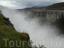 Мелкая пыль от водопада