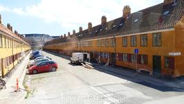 Копенгаген. Эти дома для рабочих построены  по указу короля.