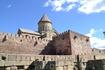 Недалеко от Джвари располагается другой культовый памятник христианской Грузии - один из главных православных грузинских храмов – кафедральный собор Светицховели ...