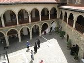 Монастырь Киккос. Там хранится икона Божьей Матери, написанная при ее жизни.