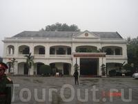 Ханой. Музей военной истории Вьетнама расположен в бывших французских казармах.