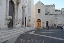 Базилика Святого Николая в Бари