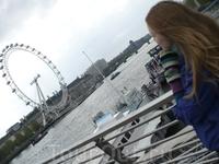 London Eye - самое высокое в мире колесо обозрения, один из подарков лондонцам и гостям города к 2000 г.