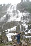 Водопад по дороге в Берген