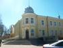 На сколько я поняла, это здание мэрии города Друскининкай. Очень понравился, расположенный на улице компьютер для всеобщего пользования на улице с сайтом ...