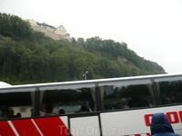 княжество Лихтенштейн-самое маленькое из таких государств как Ватикан,Монако,Андорра.автобусная площадка у подножья замка.