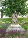 Памятник Гете на одноименной площади