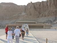 на подходе к Храму царицы Хатшепсут