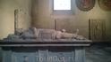 В соборе также находятся захоронения многих играющих важную роль в финской истории людей: военачальников и епископов. Собор служил местом захоронения знатных ...