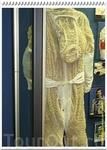 Под скафандр космонавт одевает специальный сетчатый костюм жидкостного охлаждения, состоящий из нескольких километров пластиковых капиллярных трубок с ...