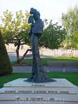 Памятник австрийской императрице Сиси на набережной женевского озера