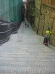Мне сказали, что на этой лестнице проходили съемки известного фильма, название забыла!