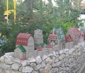 Крепость детская в парке развлечений 3.