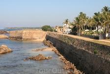 форт в Галле, европейский городок)