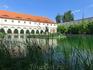 От прошлого приезда в Прагу в списке пожеланий оставался Вальдштейнский сад, туда я и направилась после прогулки на кораблике. Построенный в 1629 году ...