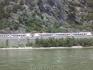 Железная дорога на берегу Рейна