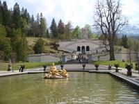Вид на террасы и храм Венеры
