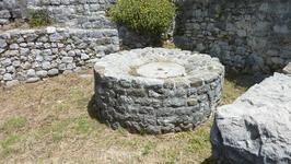 древний фонтан?