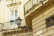Ажурные балкончики и дворики...