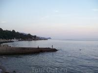 Один из пляжей Алупки