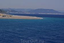 Место слияния Эгейского и Средиземного моря на севере. Моё любимое. Отчетливо видно разделение между голубовато-бирюзовым Средиземным и сапфировым Эге