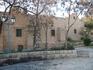 стены Средневекового монастыря, который был отстроен в 16 веке на месте разваленного монастыря 14-го века. Возле монастыря есть тутовое дерево, которому ...