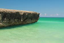 скалы на пляже Варадеро