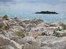 Острова и островки на побережье - повсюду...