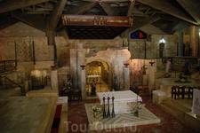 Грот Благовещения в базилике Благовещения