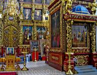 Интерьер Троицкого собора.